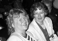 Frau Kramlowski und Frau Maaser