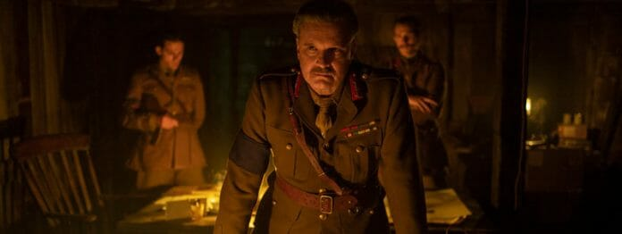 Befehlsgeber General Erinmore (Colin Firth) (Foto: Universal Pictures)