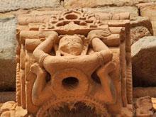 Qutb-Minar: Frauenfigur