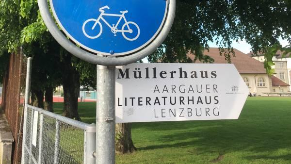 Zum Aargauer Literaturhaus