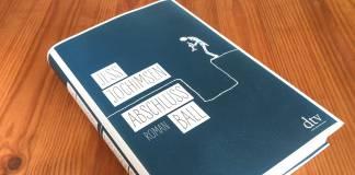 Bravo, Maestro! Das Buch »Abschlussball« von Jess Jochimsen