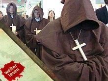Apocalypsis: Weltuntergang mit Mönchen und Multimedia