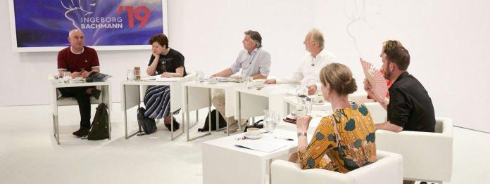 Die Bachmannpreis-Jury 2019 (von links): Klaus Kastberger, Nora Gomringer, Stefan Gmünder, Hubert Winkels, Hildegard E. Keller, Michael Wiederstein und Insa Wilke (Foto: ORF/Johannes Puch)