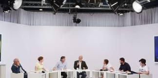 Die Bachmannpreis-Jury 2018 (von links): Klaus Kastberger, Insa Wilke, Stefan Gmünder, Hubert Winkels, Hildgard E. Keller, Michael Wiederstein und Nora Gomringer (Foto: ORF/Johannes Puch)