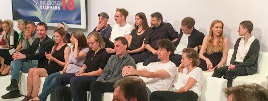 Gespannte Erwartung: Die Autoren unmittelbar vor der Abstimmung und Preisverleihung