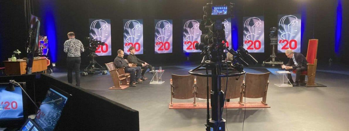 Das ORF-Studio in Kärnten beim letztjährigen Bachmannpreis 2020: Jury und Lesende waren nur digital auf großen Monitoren anwesend. Im Jahr 2021 ist die siebenköpfige Jury wieder vor Ort in Klagenfurt.