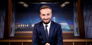 Podcaster und Moderator Jan Böhmermann: Derzeit macht seine Sendung »Neo Magazon Royal« eine Pause, bevor er im Herbst mit einer neuen Show ins ZDF-Hauptprogramm zurückkehrt (Foto: ZDF/Ben Knabe)