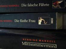 Von Wolfgang Butt übersetzte Krimis von Henning Mankell