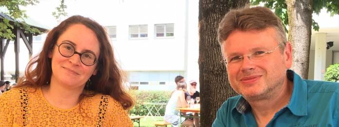 Damals noch beide in Klagenfurt: Andrea Diener und Wolfgang Tischer im Jahre 2017 bei der Podcast-Aufnahme