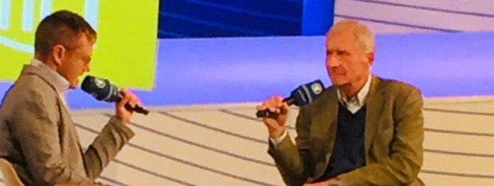 Ulrich Wickert (r)