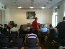 Pflichtbewusst zur Lesung der Stipendiaten des 15. Klagenfurter Literaturkurs'