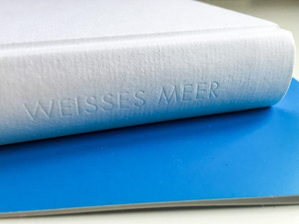 Karg und gewaltig: Weißes Meer von Roy Jacobsen