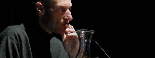 Joachim Zelter bei der Buchpremiere im Oktober 2013 von »Einen Blick werfen« (Foto: Tischer)