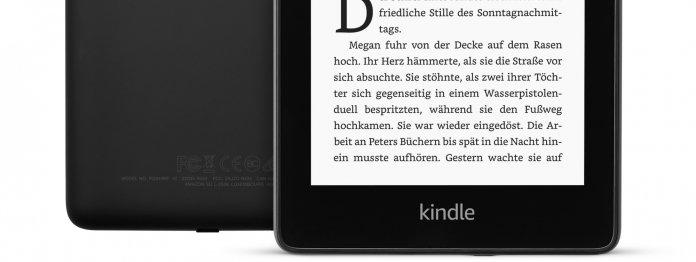 Der Kindle Paperwhite 2018 besitzt eine plane Leseoberfläche (Foto: Amazon)