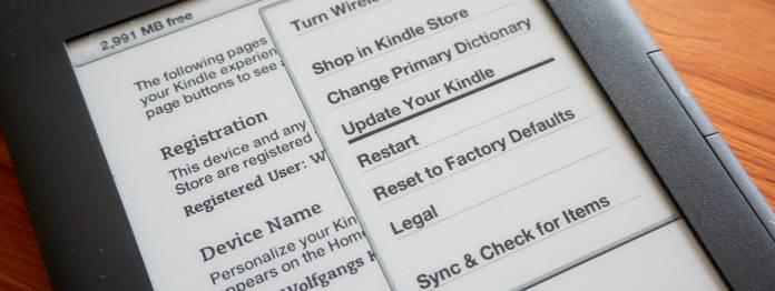 Vier verschiedene Software-Pakete müssen zunächst via Update-Funktion eingespielt werden.