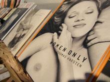 Bildbände im Lager des Konkursbuchverlags