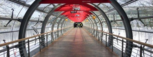 Ruhe vor dem Ansturm: Gang zur Glashalle der Leipziger Buchmesse 2018