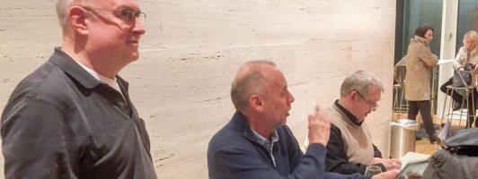 Übersetzer, Autor und Vorleser (von links): Paul Berf, Håkan Nesser und Dietmar Bär (Foto; Fellgiebel)