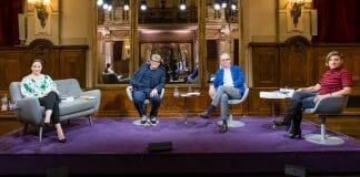 Das Literarische Quartett vom 05.06.2020. Von links nach rechts: Thea Dorn, Sven Regener, Jan Fleischhauer und Juli Zeh (Foto: ZDF/Svea Pietschmann)