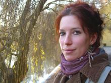 Fee Katrin Kanzler am Tübinger Neckarufer