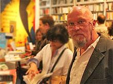 Hermann Mensing in der ROSTA Buchhandlung, Münster