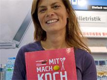 Sarah Wiener hat die Patenschaft für das Buch übernommen (Foto: BoD)