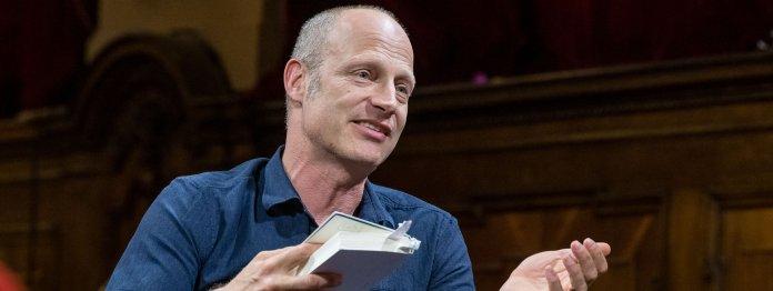 Kein schnuffiger Mann Mitte dreißig: Joachim Meyerhoff als Gast im Literarischen Quartett (Foto: ZDF/Svea Pietschmann)