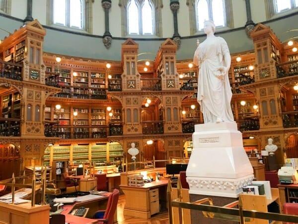 Die Parlamentsbibliothek von Ottawa