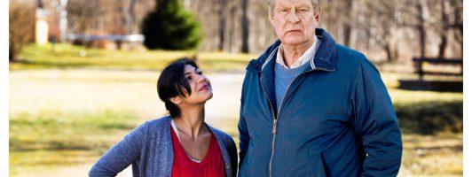 Bahar Pars als Parvaneh und Rolf Lassgård als Ove (Foto: Concord Film)