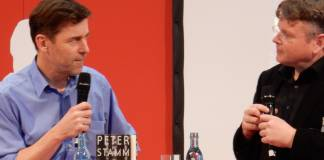 Peter Stamm im Gespräch mit Wolfgang Tischer auf der Bühne autoren@leipzig
