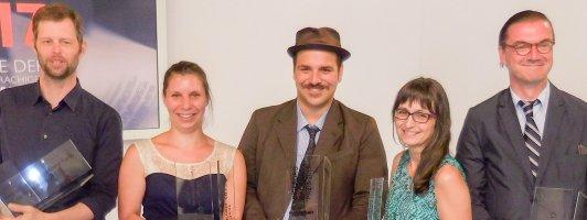 Die Preisträger 2017 (von links nach rechts): John Wray (Deutschlandfunk-Preis), Gianna Molinari (3sat-Preis), Ferdinand Schmalz (Bachmannpreis), Karin Peschka (BKS-Publikumspreis) und Eckhart Nickel (Kelag-Preis). (Foto: Tischer)