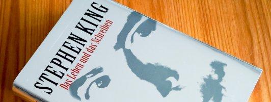 Stephen King: Das Leben und das Schreiben. Ein Foto der deutschen Erstausgabe, die noch bei Ullstein erschienen ist. Das Buch gibt es mittlerweile als Taschenbuch bei Heyne.