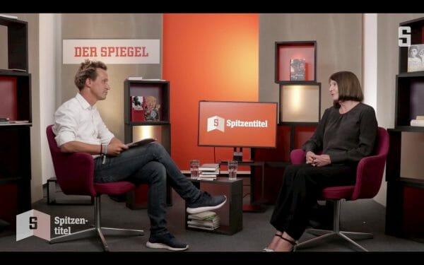 Volker Weidermann und Studiogast Monika Maron in »Spitzentitel«, der neuen »Büchershow« auf spiegel.de (Screenshot: spiegel.de)