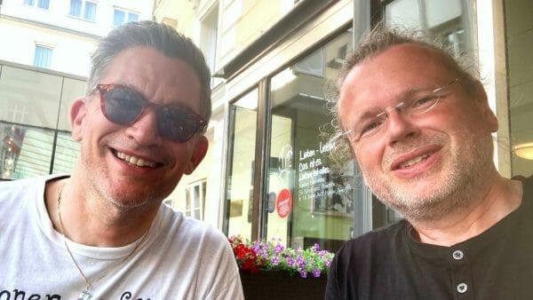 Bachmann-Juror Philipp Tingler (links) und Wolfgang Tischer vom literaturcafe.de nach dem Gespräch für den Bachmannpreis-Podcast (Foto: Selfie)