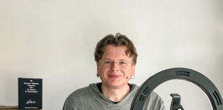 Wolfgang Tischer hat sieben Stunden lang den kompletten Hyperion live im Web vorgelesen. (Foto: literaturcafe.de)