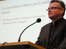 Wolfgang Tischer bei seinem Vortrag im Basler Literaturhaus (Foto: Birgit-Cathrin Duval)