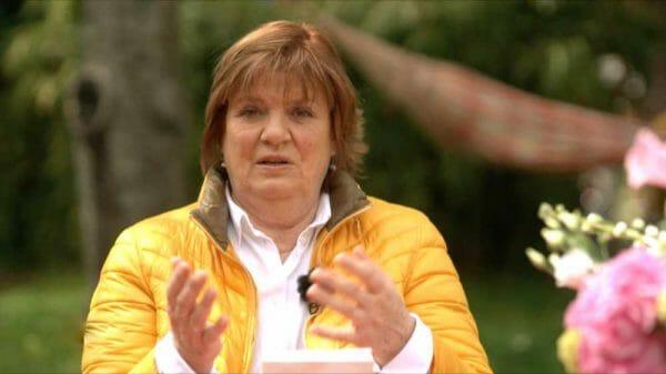 In der WDR-Sendung »Frau TV« vom 10. Juni 2021 stellte Christine Westermann den »Trennungsroman« von Anna Brüggemann vor. Nun trennt sich der Sender offenbar von Westermanns Buchtipps (Foto: Screenshot WDR)