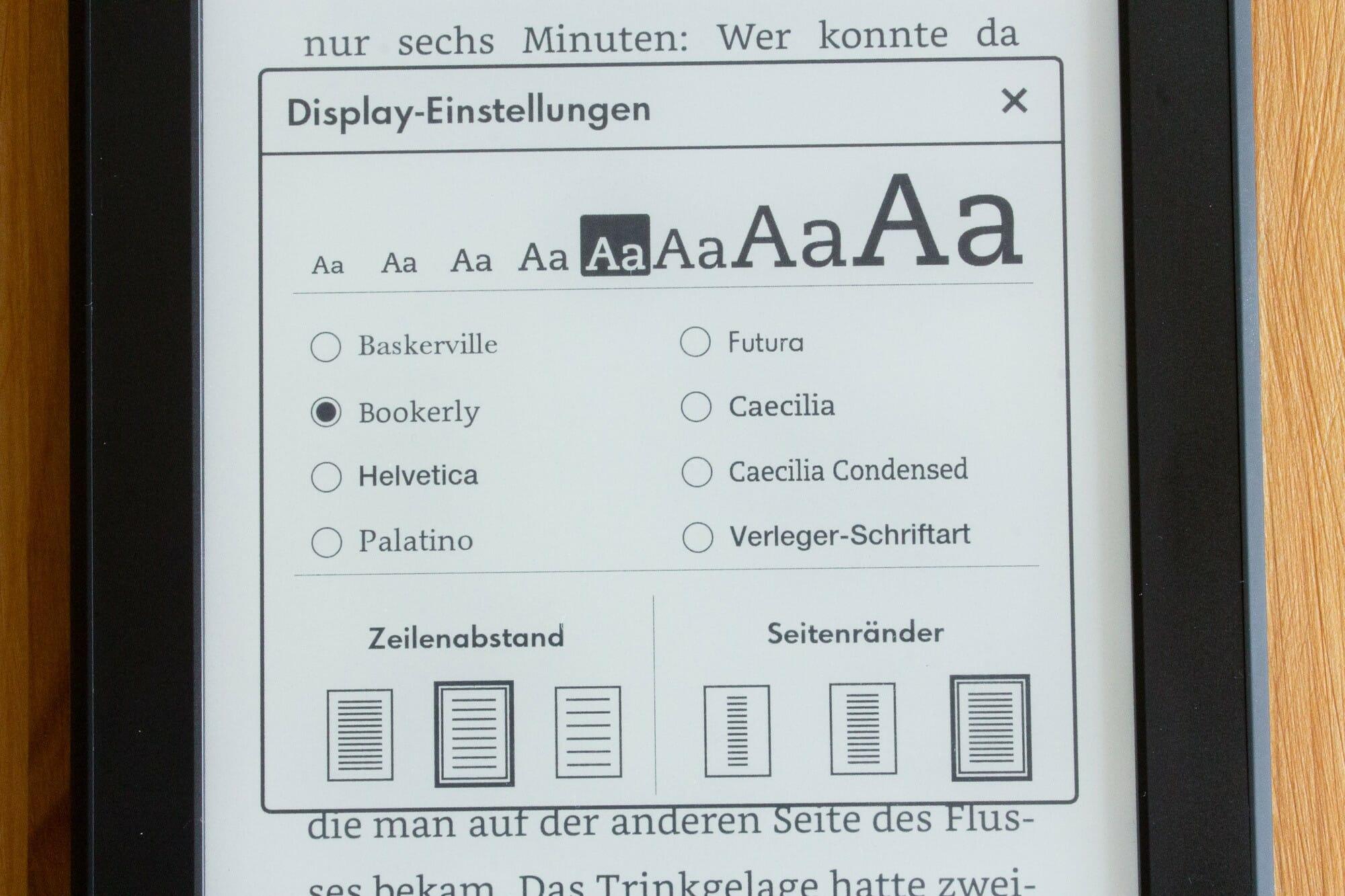 Neben Schriftgrößte und Schriftart können auch auf dem Kindle Paperwhite 2015 weiterhin nur Zeilenabstand und die Größe der Seitenränder eingestellt werden. [Klick zum Vergrößern]
