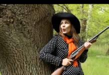 Screenshot aus dem Video von Monique Schwitter