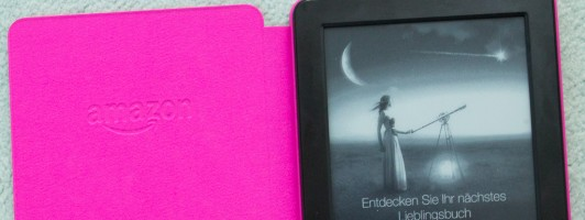 Amazon Kindle 2014 mit pinker Hülle