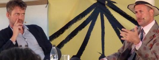 Festivalleiter Christian Lund im Gespräch mit Kenneth Goldsmith (Foto: Jana Groß)
